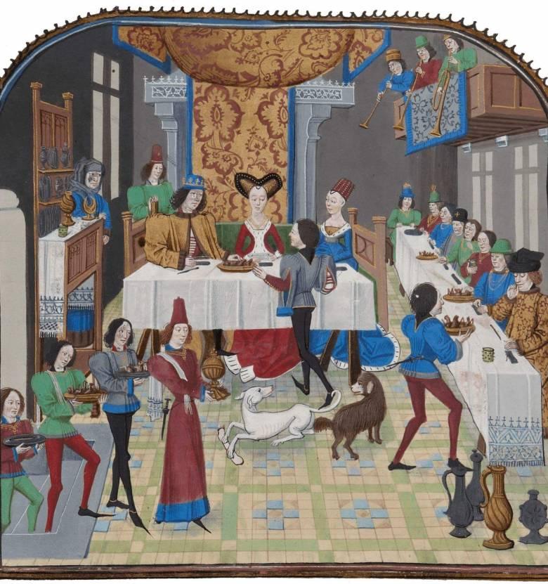 A reneszánsz korában kürtök és harsonák hangja jelezte a lakoma kezdetét, szolgák (előkóstolók, étekfogók, felhordók, felszeletelők, pohárnokok) hada tálalta a változatos fogásokat, kutyák várták az asztalok alá hajított csontokat (Forrás: joho.p.free.fr)