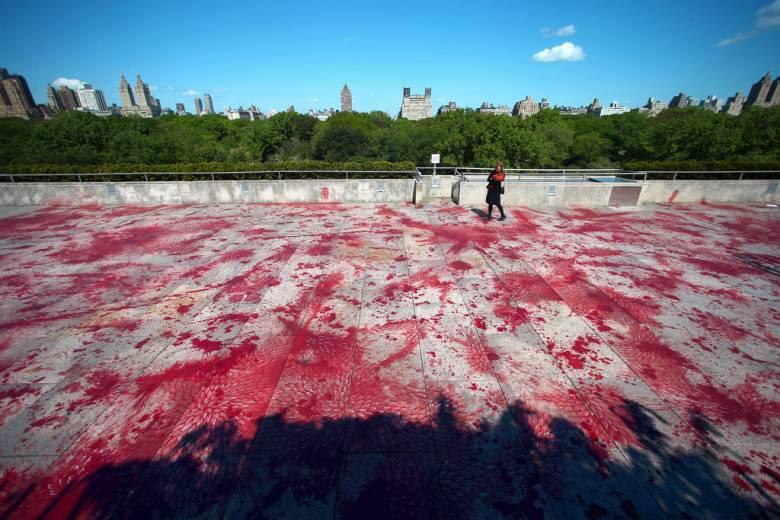 The Roof Garden Commission: Imran Qureshi (A tetőkertprojekt) • Kép forrása: newyorktimes.com