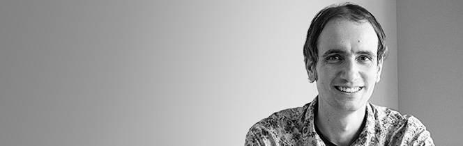 Gáti István: A szigorú szemüveg
