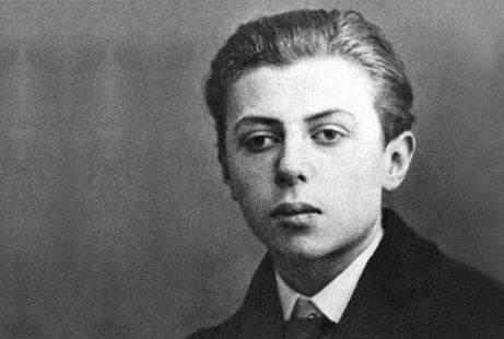 Sartre gyermekkorában. Forrás: exploringyourmind.com