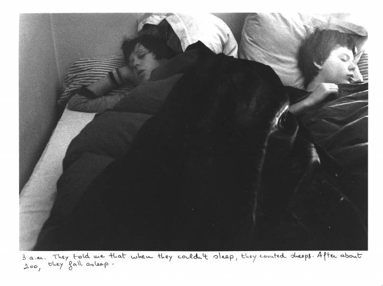 Sophie Calle: The Sleepers • Kép forrása: mcba.ch